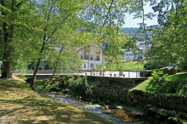 © Traudi -  Bad Wildbad. Blick zum Kurtheater