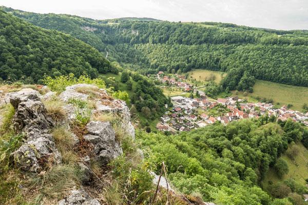 © Traudi - Blick nach Gutenberg. Man sieht hier auch die Gutenberger Steige im Hintergrund.