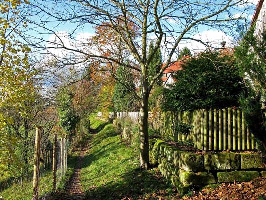 © Traudi - Rundgang um das Kloster außerhalb der Klostermauer.