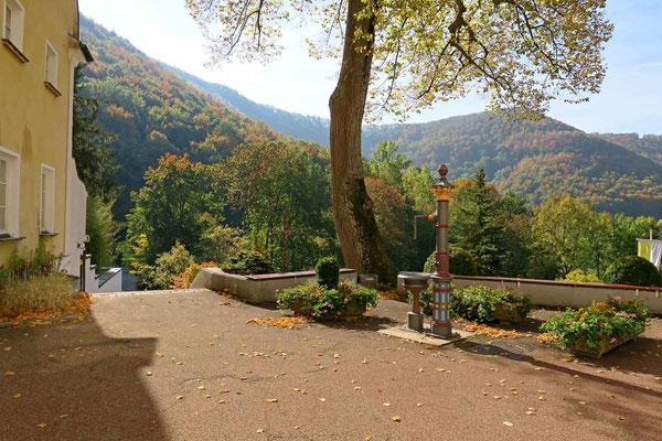 © Traudi - Brunnen mit Aussicht