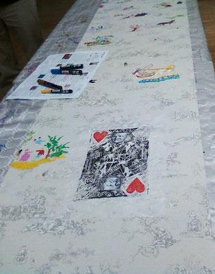 """""""L'atout coeur de la mode"""" (linogravure / collage) réalisé pour l'oeuvre participative  """"La table de l'imprimeur"""" (musée de la toile de Jouy)"""