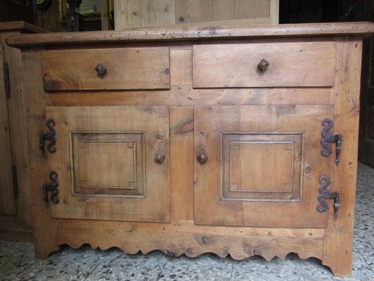 Credenza ricostruito con legno di cirmolo antico