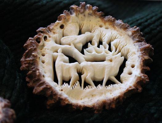 Wunderschöne Hirschhornbrosche