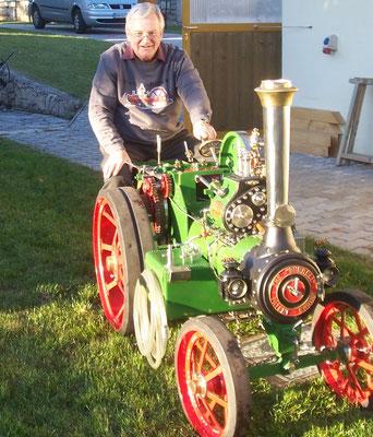 Franz mit seinem Traktor