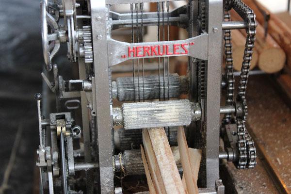Maschinenschild 'Herkules'