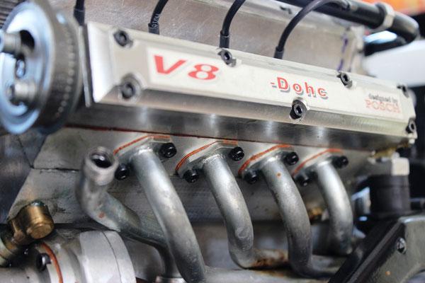 V8 Dohc Motor