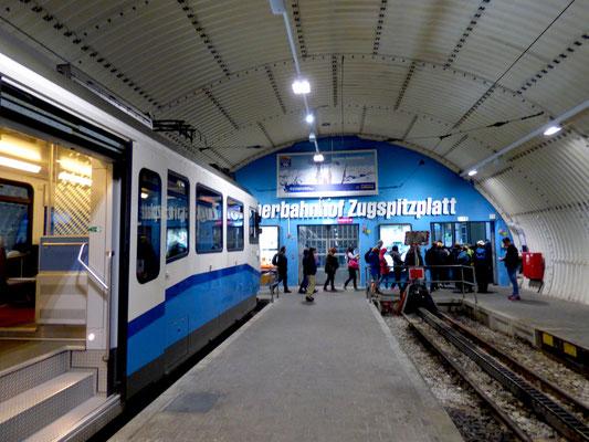 Gletscherbahnhof Zugspitzplatt
