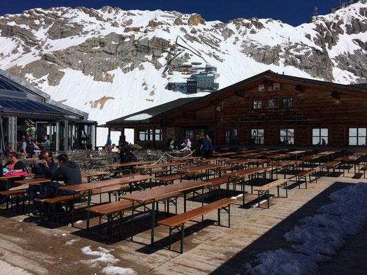 Restaurant / Terrasse auf dem Zugspitzplatt