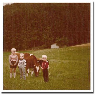 1977 - Helmut Schäfer mit seinen Brüdern