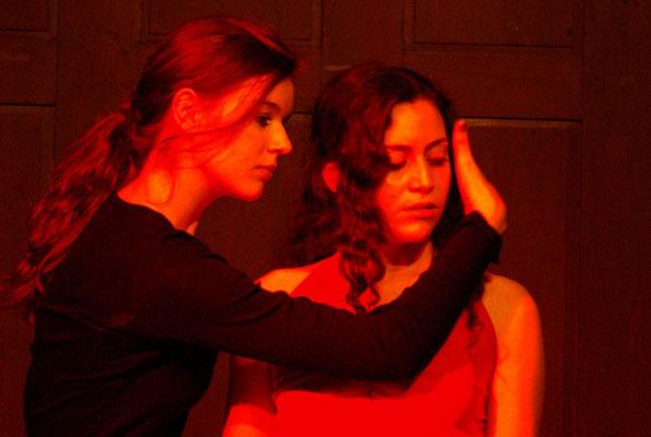 """""""Unentschieden"""" Jugendclub Theater Lübeck 2010, Foto: Britta Querner"""