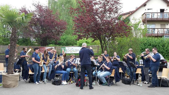 Musikalische Unterstützung bei der 24-Stundenfahrt um den Bodensee von Slim Gham-Drid