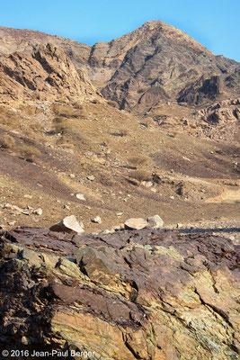 Wadi Khurush - Chevauchement