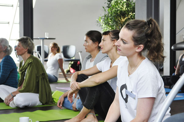 Fachtag Soziales Yoga, #yogahilft, yoga für alle