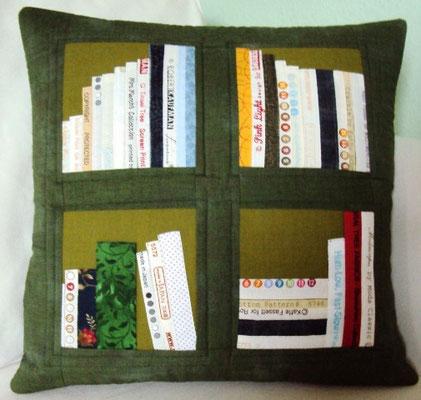 grünes Bücherkissen, 40x40