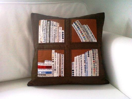 braunes Bücherkissen, 40x40