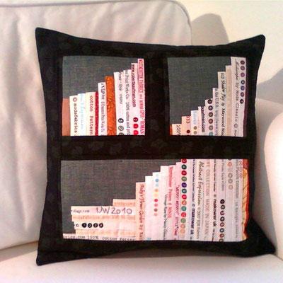 schwarzes Ginkgo-Bücherkissen, 40x40