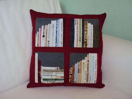 rotes Bücherkissen, 40x40