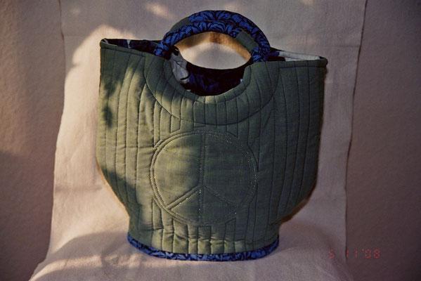 Peacetasche von hinten