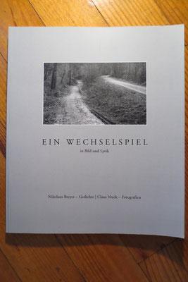 5. Kunstvoll gefügte, rhythmisch gebundene Sprachgestaltung wird durch Fotografien von C. Veeck harmonisch ergänzt.