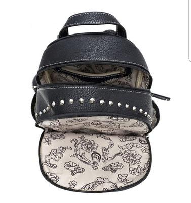 Skull Hand Bags 1 OVEL 100418