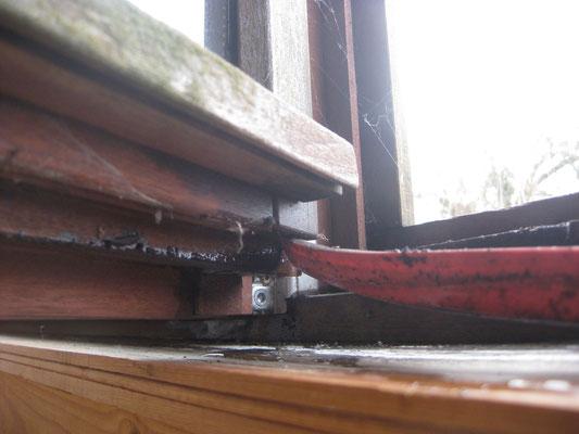 pas de trous de drainage des batées des doubles vitrages