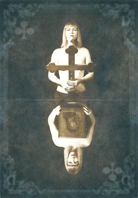 Kreuz Dame