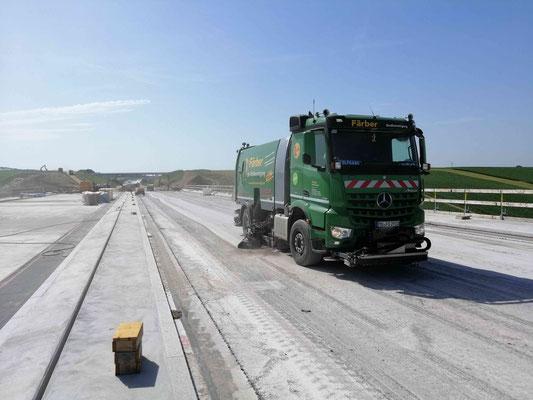 Isentalautobahn A94 Färber Straßenreinigung