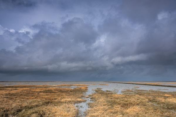 Spectaculaire Hollandse wolkenlucht boven het Wad bij Westernieland © Jurjen Veerman