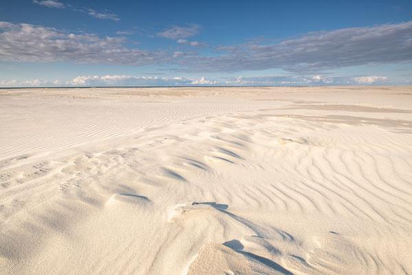 Zandstructuren op Noordzeestrand - Terschelling © Jurjen Veerman