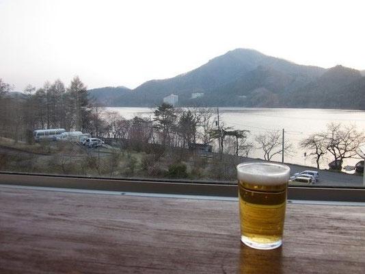 榛名湖畔に投宿。