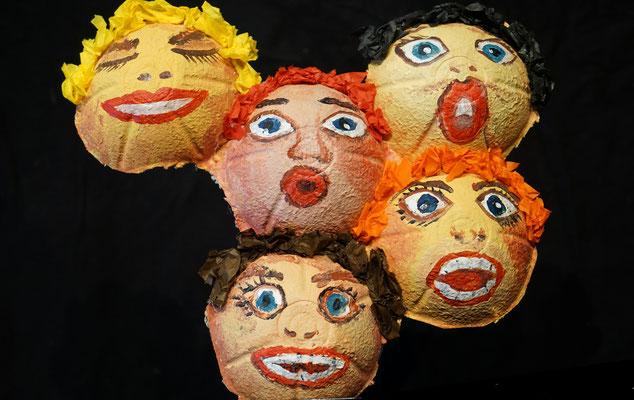 Der Teufel mit den drei goldenen Haaren / Stimmen / Mobiles Kindertheater Berlin / Theater Malinka