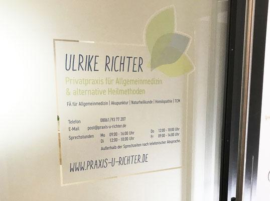 Türbeklebung Ulrike Richter