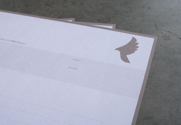 Logo und Briefpapier
