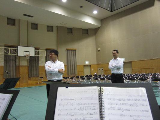 本日の指揮者2人…体格だけは巨匠(笑)