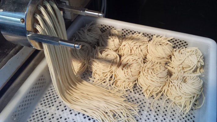 おなじみのスパゲッティはこうして作っています