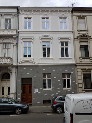 Vorzustand Fassadensanierung  im EG  Bonn