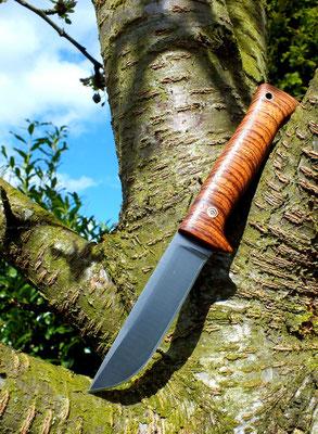 Schnitzmesser mit Fingerschutz, Stahl: Kohlenstoffstahl, Holz: Zebrano