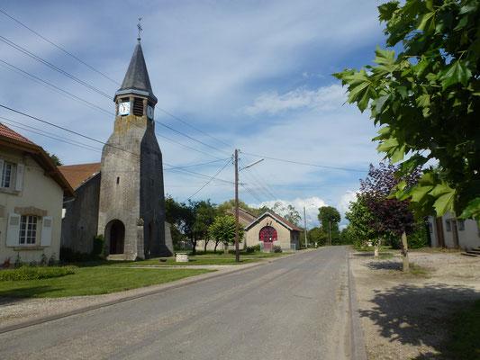 L'église Saint-Rémi relevée de ses cendres en 1931