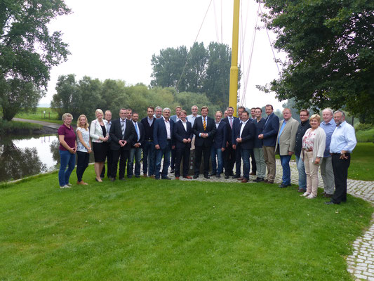 Die CDU-Kreistagsfraktionen aus Cuxhaven und Stade in Gräpel an der Oste