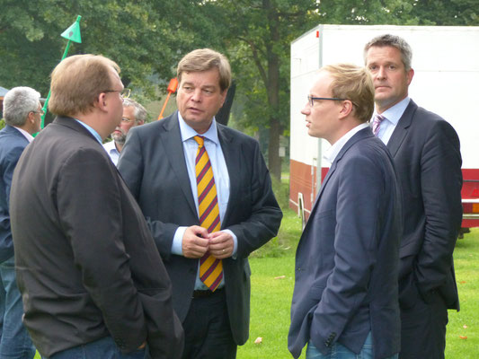 im Gespräch mit den Fraktionskollegen Lasse Weritz (Landtagskandidat) und Frank Berghorn