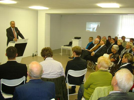 der Kulturstaatsminister zeigte sich begeistert von der ehrenamtlichen Arbeit des Cuxhavener Kunstvereins