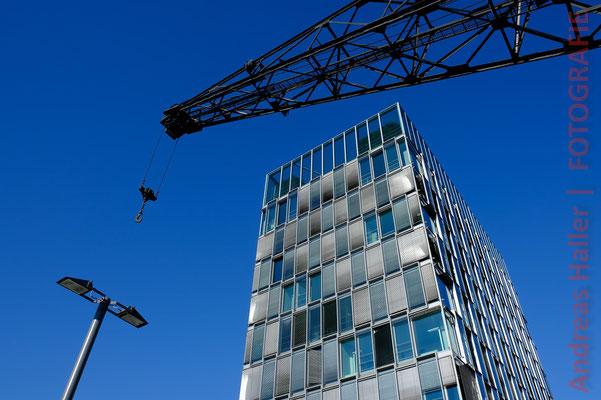 Südkap: Moderne Architektur im Rheinauhafen
