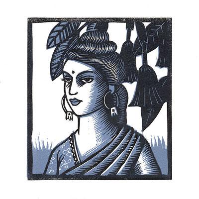 Femme en sari bleu, linogravure en deux couleurs, dimensions 12 x 13 cm.