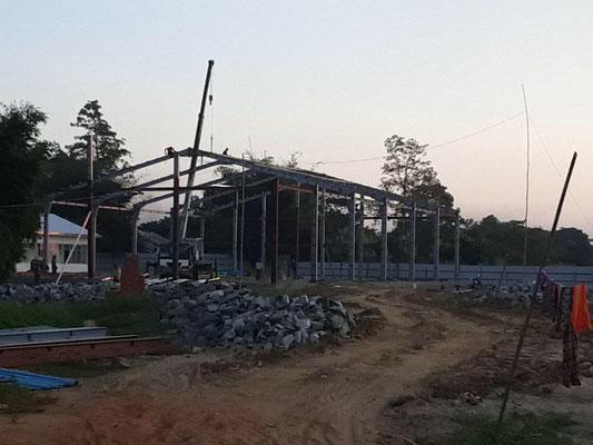 ヤンゴンから車で50分の場所に工場を建設しています。