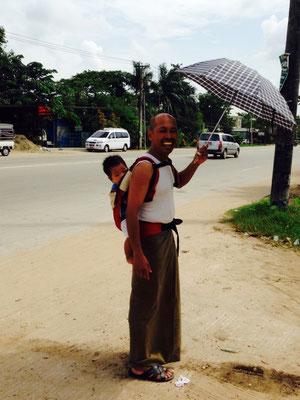 ミャンマー最大都市ヤンゴンにて。in Yangon, Myanmar