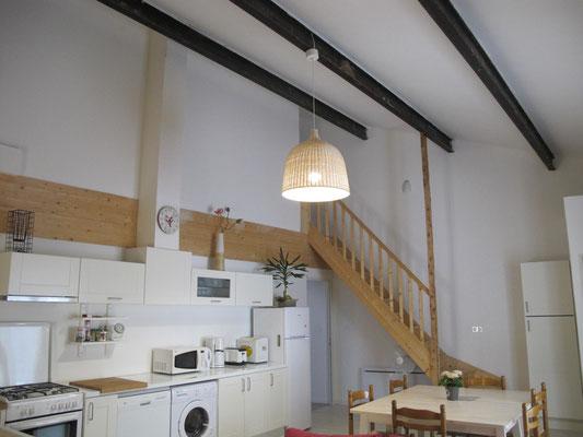 l hirondelle-bedoin-ventoux-chambre-tout confort-climatisé-8 personnes-tout confort-gites-vaucluse-rando