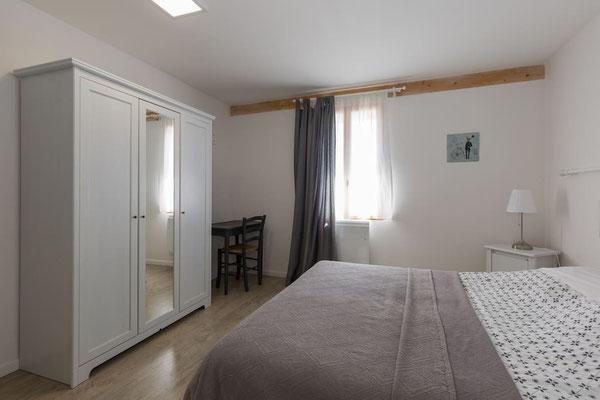 l hirondelle-bedoin-mont ventoux-gite-tout confort-spacieux-came-tout equipée-climatisé-vaucluse