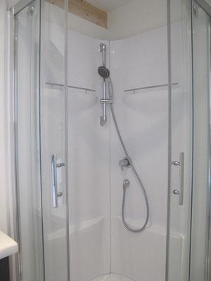 l hirondelle-bedoin-ventoux-3chambres-3 salle de bain privée-gites-vaucluse-rando