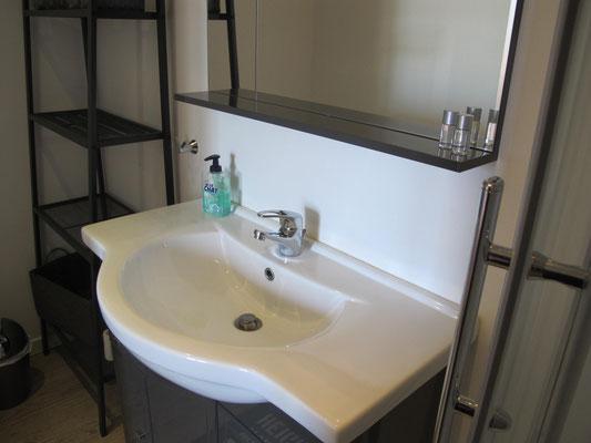 l hirondelle-bedoin-ventoux-3chambres-3 salle de bain privée-gites- calme-vaucluse-rando