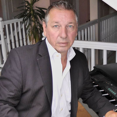 Peter K Keyboard und Piano